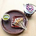 必朝聖!日本最古老的菓子店~ABURI餅(一文字屋和輔)