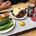 美東21日蜜月旅行-餐廳】紐約New York-下東區紐約客也愛吃的朝聖名店 Katz's Delicatessen-紐約州New York