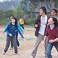 跳躍吧! 麥克田園  (系出遊2005 12 24)