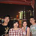 2010暑假上海~你們相機中的我
