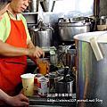 曼谷-綠色制服海南雞飯,串燒及泰式奶茶也是必吃