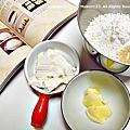 自己作熱狗豆腐麵包《簡單揉就好吃的家庭烘焙坊2:自己做美味餐包、鹹麵包與咖啡館風味點心》