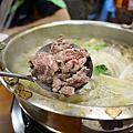 牛鍋涮牛肉
