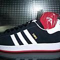 Adidas愛迪達
