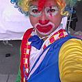 2014-03-29台北大直橋下-小丑折氣球