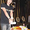 2004 寶貝家舉辦~黃義達慶生party !!