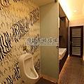 【浴室翻修】壁癌廁所變身時尚旅店