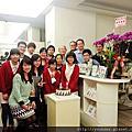 2015.03.06診所開會及3月壽星慶生。
