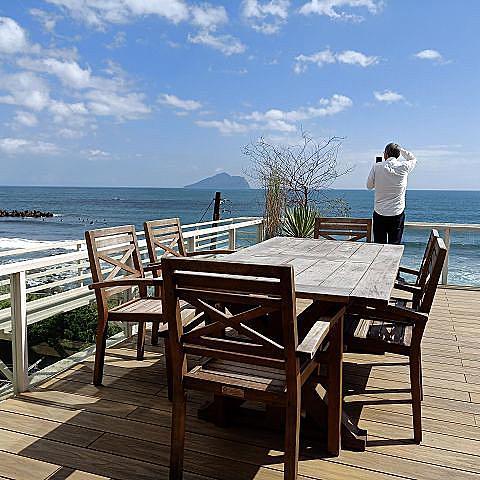 滿山望海~~宜蘭頭城人氣景觀咖啡館.龜山島絕美海景盡收眼底