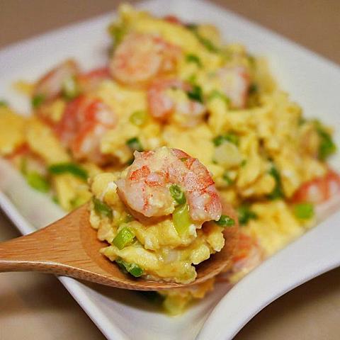【低卡料理】滑蛋蝦仁,免用太白粉,更加天然健康唷!
