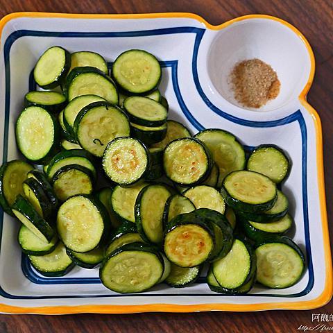 乾煎櫛瓜,原來這麼鮮甜好吃啊!