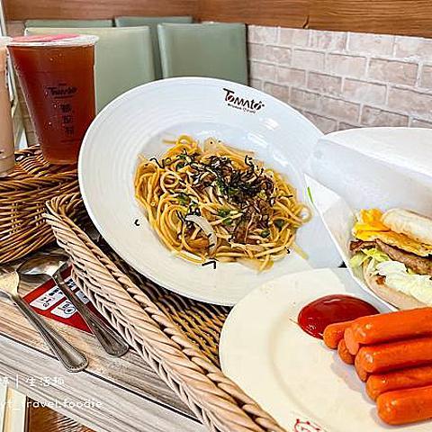 【蕃茄村青海店】2021西屯區早午餐推薦,涮嘴新品:日式梅醬豬排蛋堡,酸甜好滋味,搭飲料折10元!最新菜單