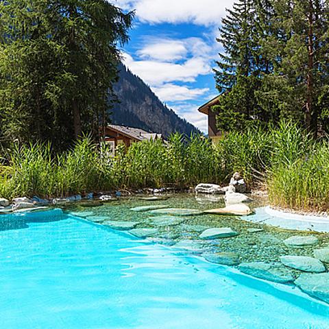 洛伊克巴德的好,羅馬人早知道!瑞士水療聖地大公開