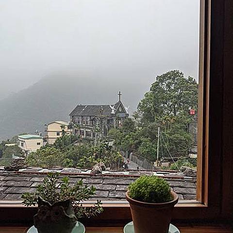 【屏東食記】霧台紅蝦花之家 - 隱藏在屏東最高部落的頂級山景美食